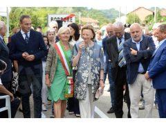 Vezza ha intitolato un piazzale a Pietro Ferrero. Ecco le foto 16