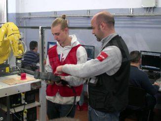 Tecnologia in Valle Belbo: Apro studia il settore della meccanica 2