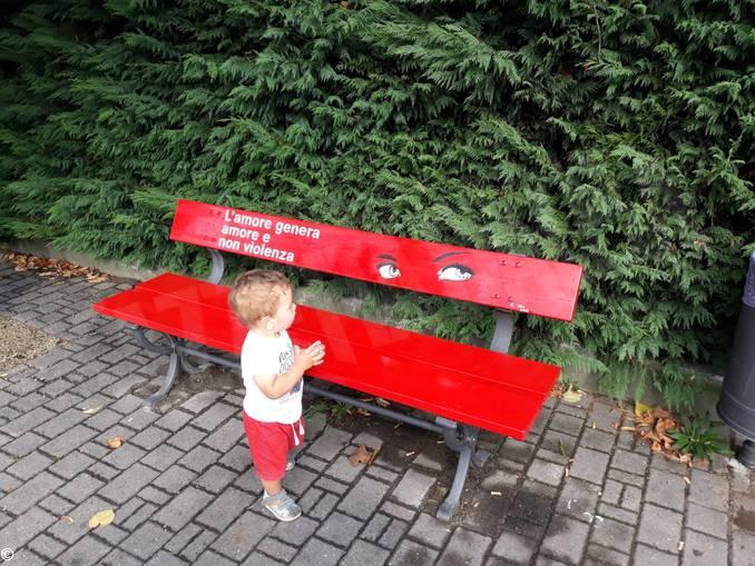 panchina rossa montà