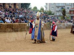 Doppia vittoria per Borgo Moretta. Ecco le foto di palio e sfilata 17