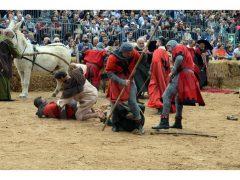 Doppia vittoria per Borgo Moretta. Ecco le foto di palio e sfilata 24