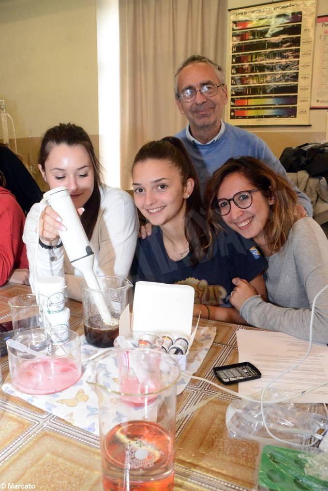 Cucina molecolare liceo da Vinci prof Pierluigi Galluccio (1)