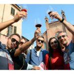 Una folla di appassionati alla 20ª Festa del vino, ecco le foto