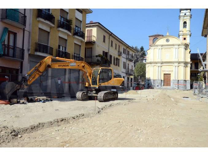 Lavori piazza Canale 1