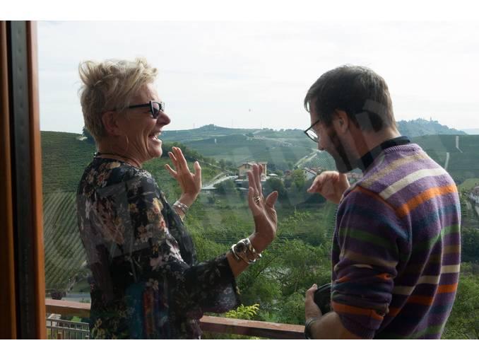 Simone-Martinetto con gli alunni a Govone Foto Virginia-Farina (12)