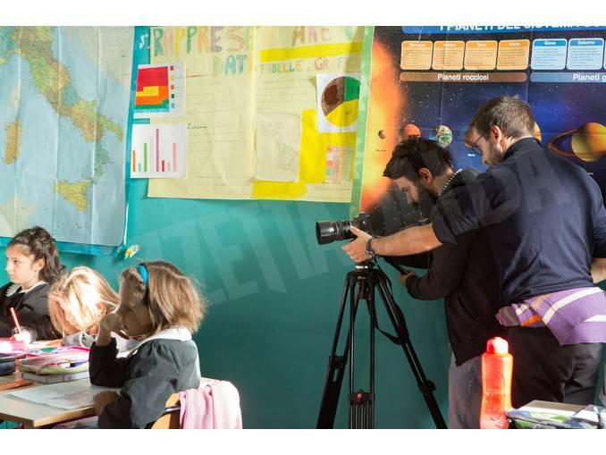 Simone-Martinetto con gli alunni a Govone Foto Virginia-Farina (7)