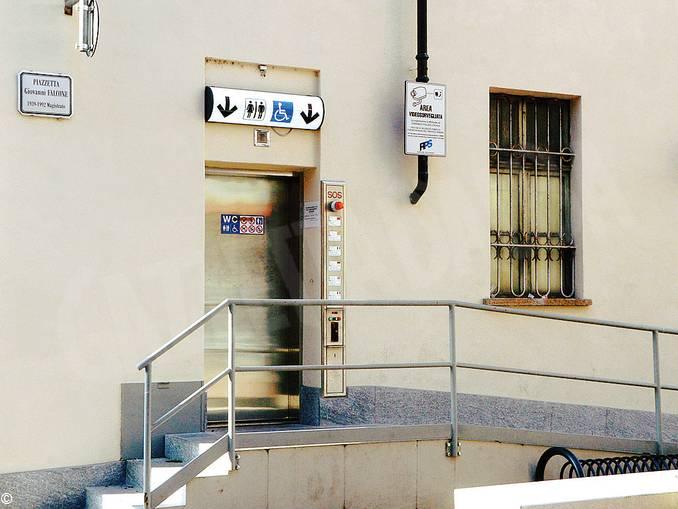 bagni piazza Falcone