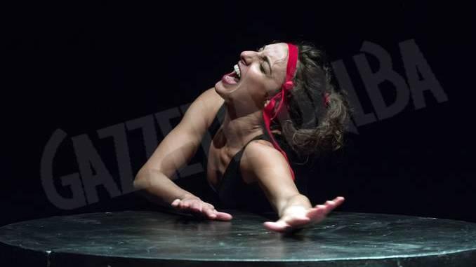 Antigone, tragedia per giovani di Debora Benincasa all'H-zone