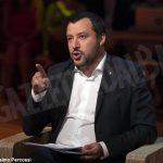 """Salvini contro la Nutella: """"Ha nocciole turche, meglio mangiare italiano"""""""