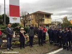 Bra: inaugurati i due pennoni in ricordo delle vittime della Grande Guerra 1