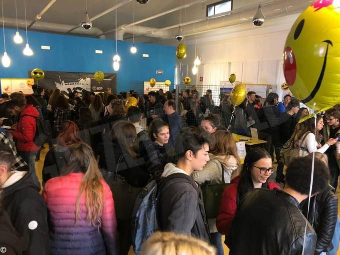 In duemila al salone  dell'orientamento scolastico Wooooow di Cuneo