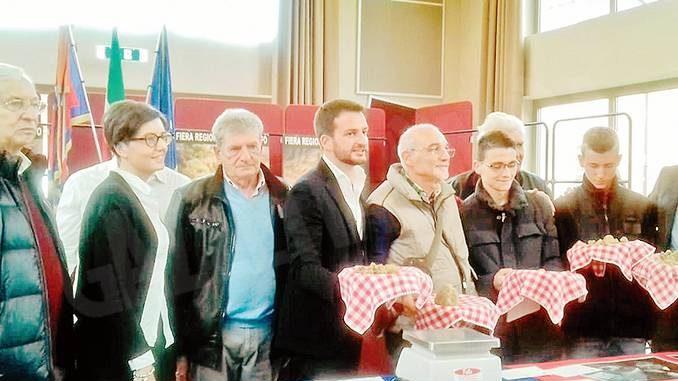 Alla fiera premi per i trifolao e ospiti da Svizzera e Francia