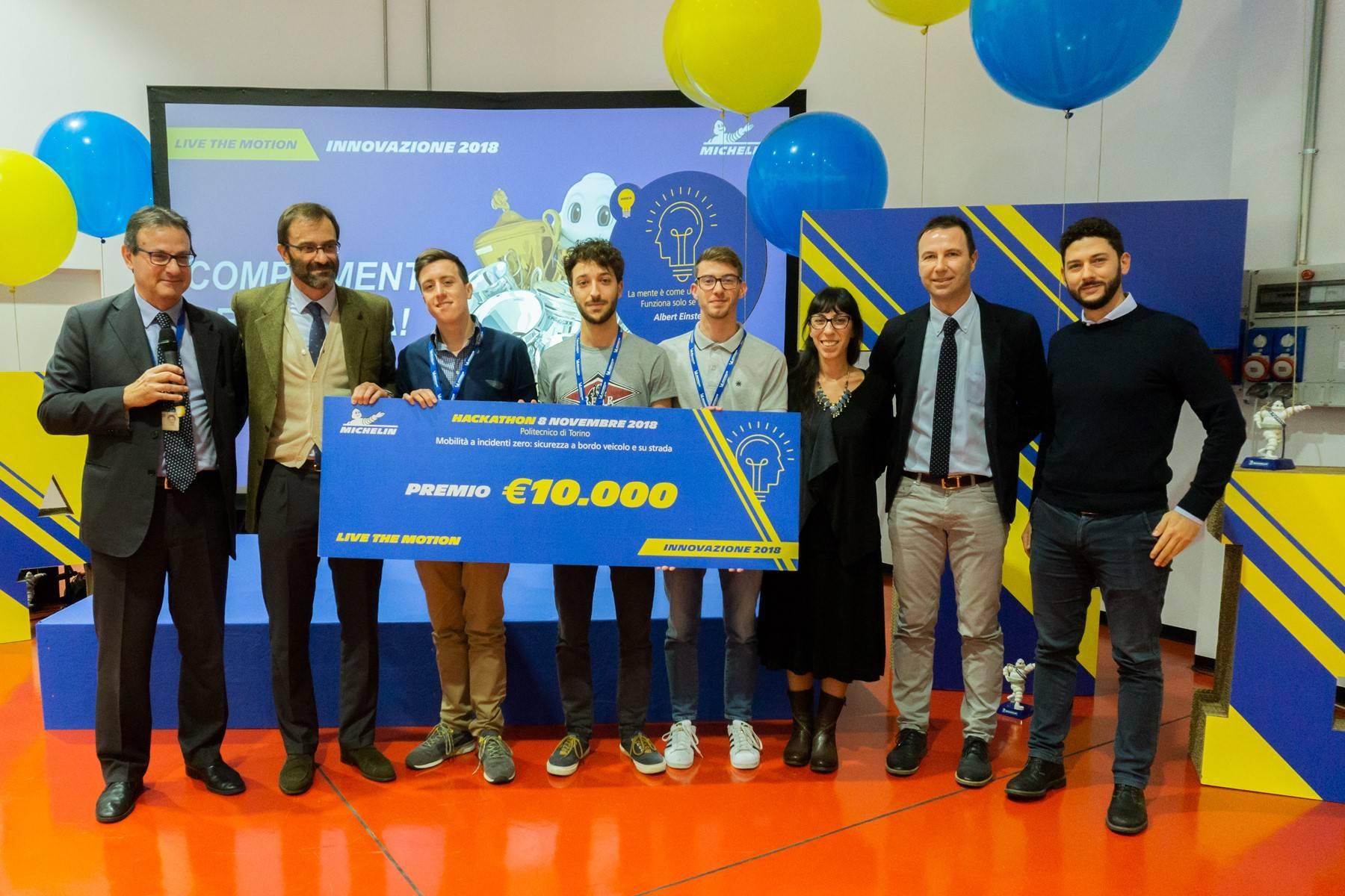 foto vincitori Hackaton Torino