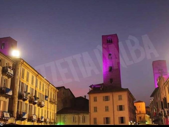 lilt torri Alba illuminato rosa – NO CREDITI