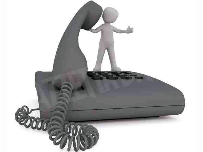 Addio al Telefono amico di Alba. Oggi una messa per tutti i volontari