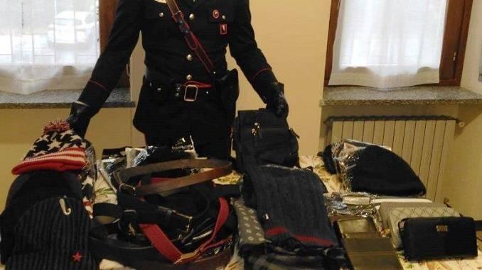 Deferito un cittadino senegalese per vendita di materiale contraffatto