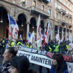 A Torino sfila il popolo No Tav