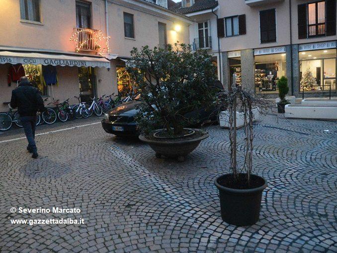 """Bolla polemizza con la decisione di cancellare i parcheggi di piazza """"Della Calce"""" 1"""