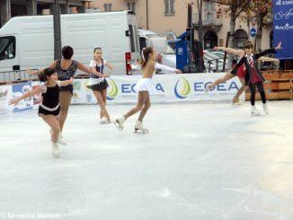 Ad Alba si pattina sul ghiaccio in piazza Pertinace 6
