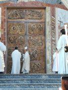 Madonna dei fiori di Bra, benedetto il nuovo portale 1