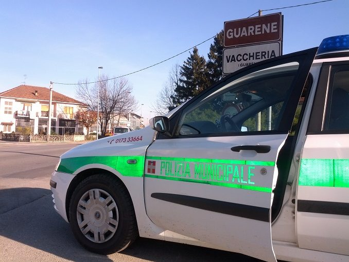 Municipale di Guarene sequestra due veicoli revocando le patenti ai conducenti