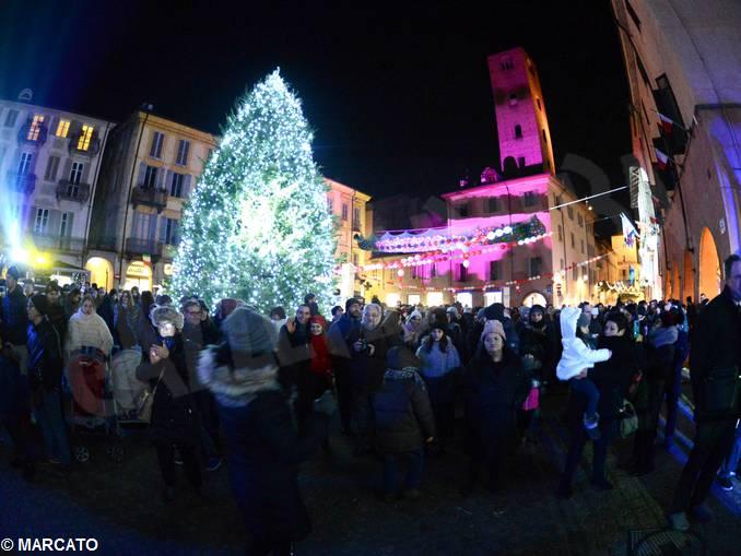 Piazza Duomo Alba 14