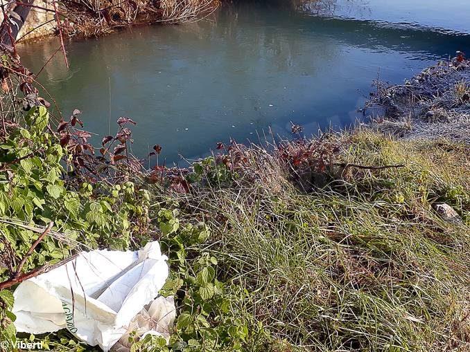 Tanardo da salvare. A piedi lungo il fiume: un cimitero di pattume 1