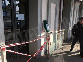 Bra: vandalizzate le porte della stazione ferroviaria