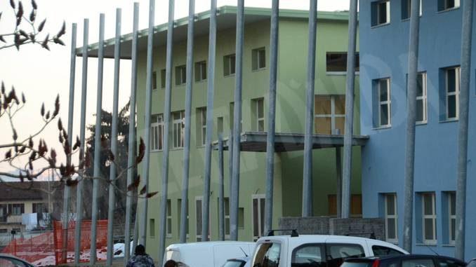 Da questa mattina è aperta la nuova scuola media alla Moretta 1