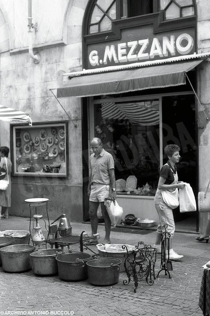 L'evoluzione della città di Alba attraverso i suoi negozi 2