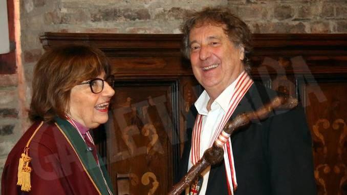 Enzo Iachetti nominato cavaliere onorario del tartufo e dei vini d'Alba 1