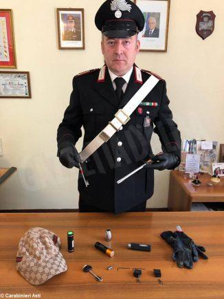 Scoperto con chiavi speciali e grimaldelli: denunciato un 26enne dai Carabinieri di Canelli