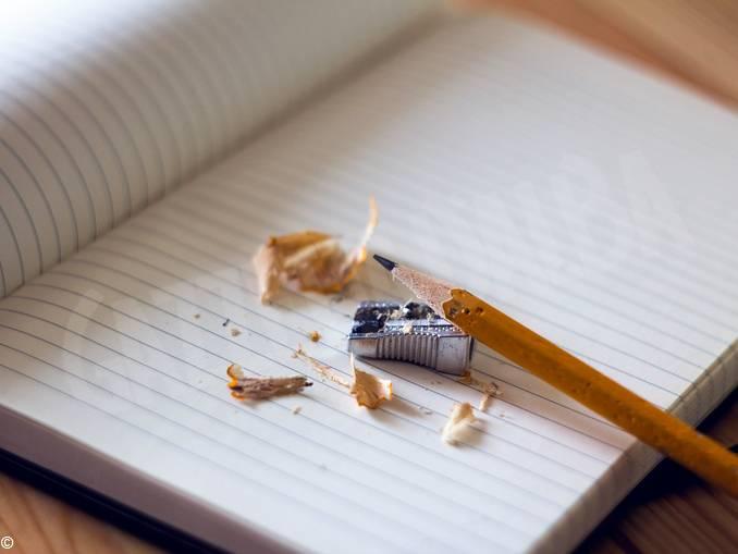 scuola matita quaderno