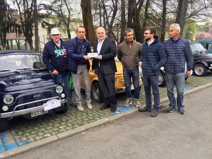 """Alba: record di storiche Fiat 500 in città per """"62 Anni 500 - XIII Edizione"""""""