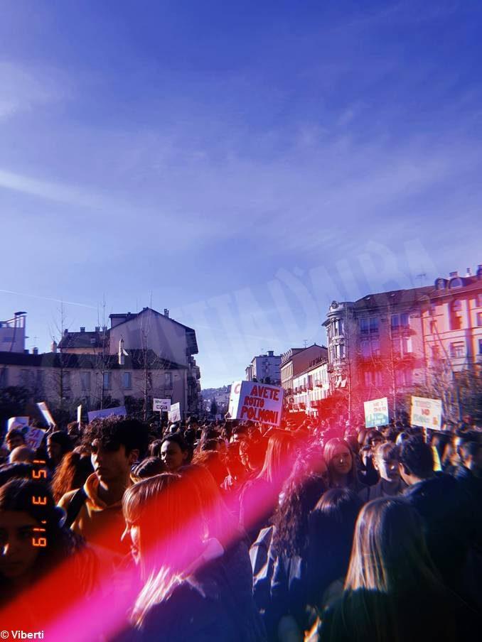 Fridays for future si manifesta ad Alba e in tutto il mondo