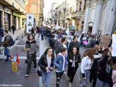 Fridays for future ad Alba, la fotogallery della manifestazione 16