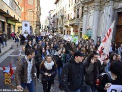 Fridays for future ad Alba, la fotogallery della manifestazione 17
