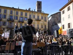 Fridays for future ad Alba, la fotogallery della manifestazione 32