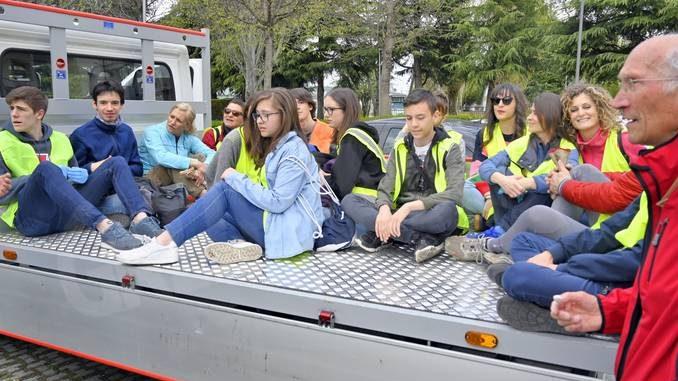 Raccolti tre camion di rifiuti abbandonati a San Cassiano 5