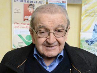 L'ultimo saluto a don Nino Artusio, storico cappellano dell'Ospedale