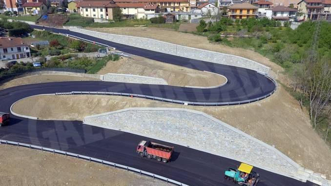 Lavori conclusi sulla strada del Bergoglio a Roreto: riapre nella serata di giovedì 18 aprile 1