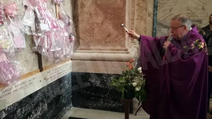 Madonna dei fiori di Bra: tre lapidi dedicate ai rettori defunti