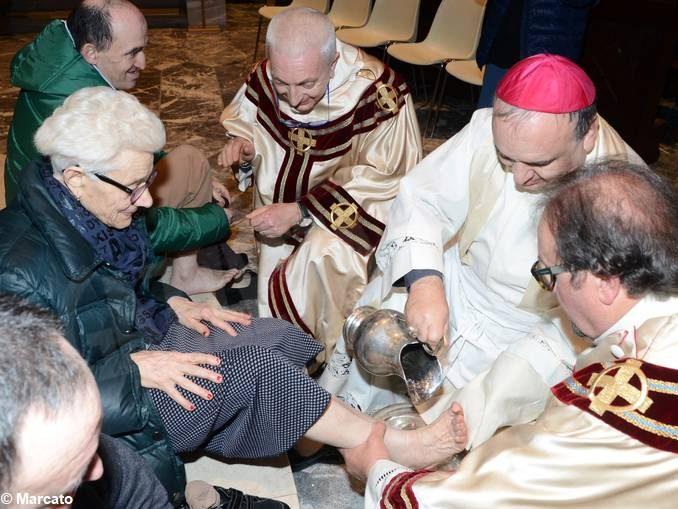 I cristiani non si riducano a fuochi di paglia: gli auguri pasquali  di monsignor Marco Brunetti alla Diocesi 1