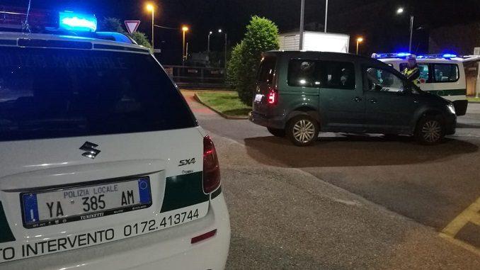 Bra: sequestrata un'auto con assicurazione falsa e intestata ad un prestanome