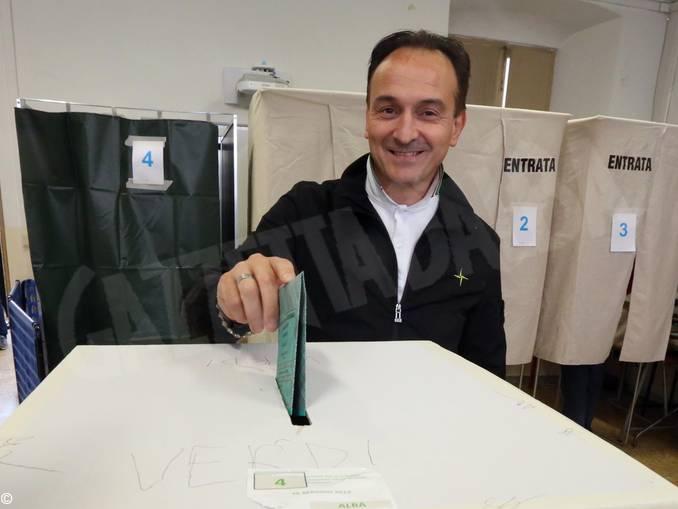 Alba cirio vota photo Muratore