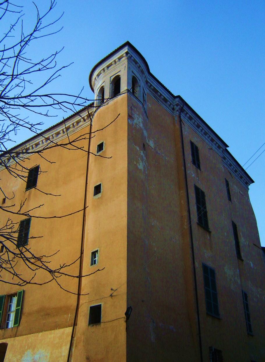 Castello di Sanfrè