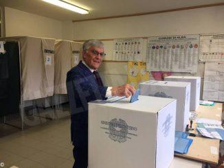 Tanti elettori e tanta solitudine: il nostro tour tra i seggi albesi 5