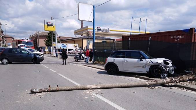Grave incidente in via Piumati a Bra