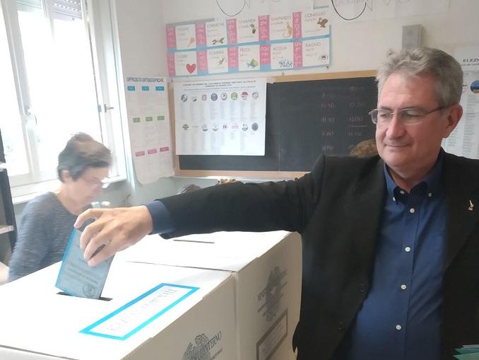 Marco Marcarino al voto