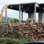 Iniziati i lavori di abbattimento dello scheletro di corso Asti